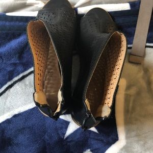 Report Shoes - Report Heeled Shoes
